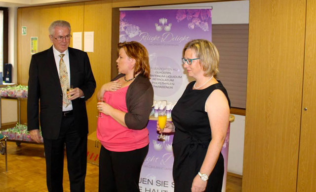 http://www.essenspausen.com/picture_library/25.10.2014_Mannheim_Relight_Delight_002_1.jpg